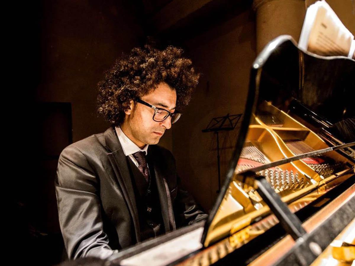 Giancarlo Aquilini - Maestro di Pianoforte